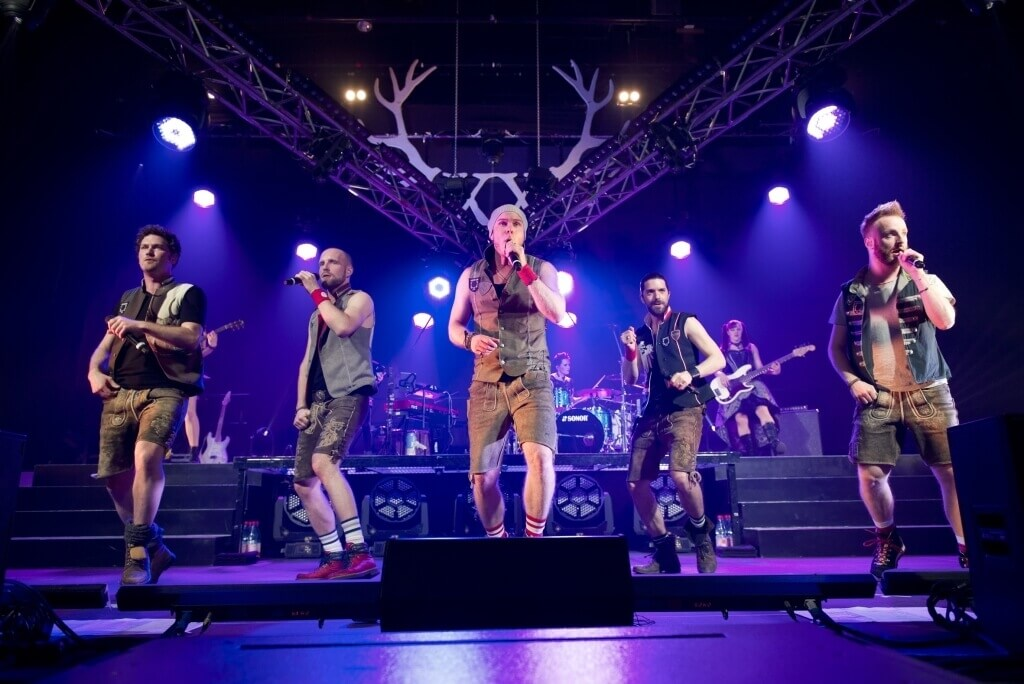 Bildquelle: Universal Music / voXXclub – Geiles Himmelblau – Live / Fotograf: Stefan Engler